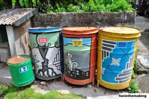 Tempat Sampah Daur Ulang Rumah DIY Yang Membantu Anda Mengatur Barang